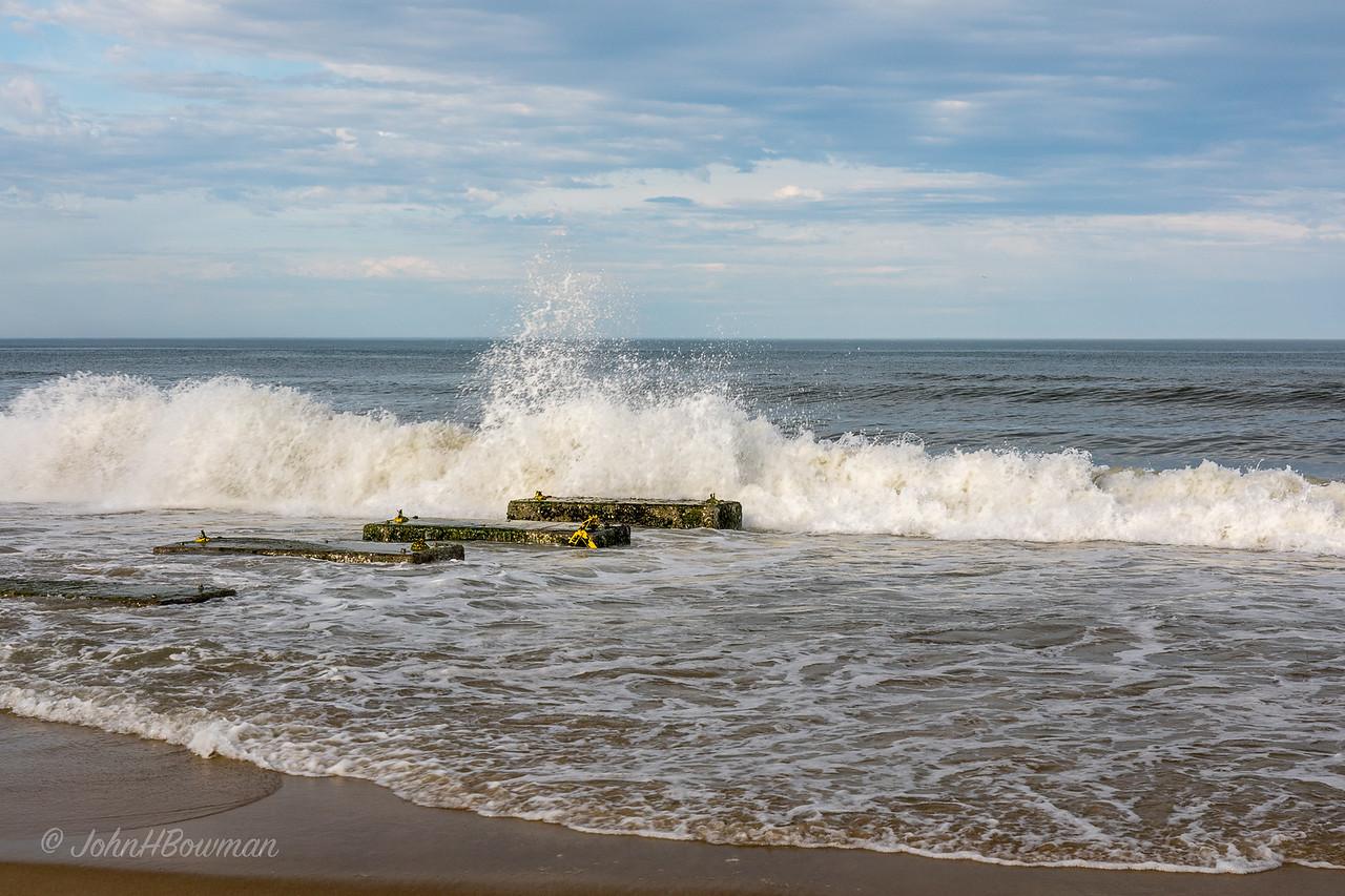 Atlantic Ocean below Nags Head Fishing Pier
