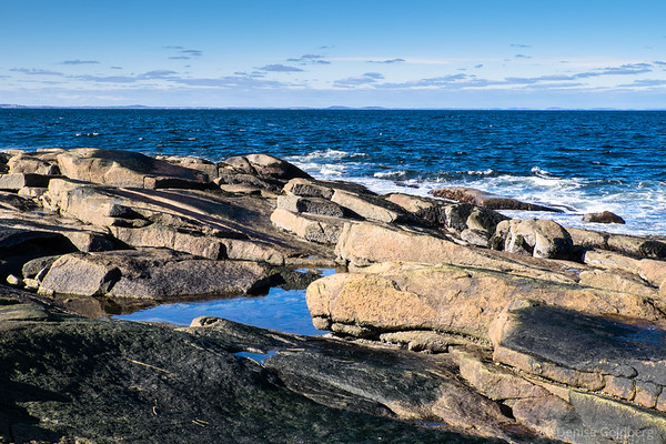 quiet pool and ocean waves, at Halibut Point State Park