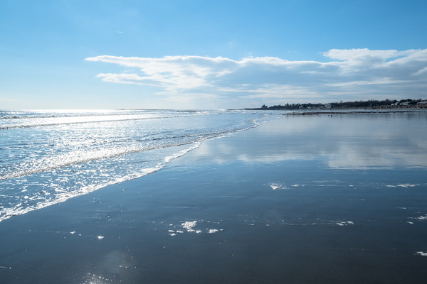 blue sky, reflecting, at Jenness State Beach