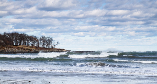 wild ocean waves, Kittery Point, Maine