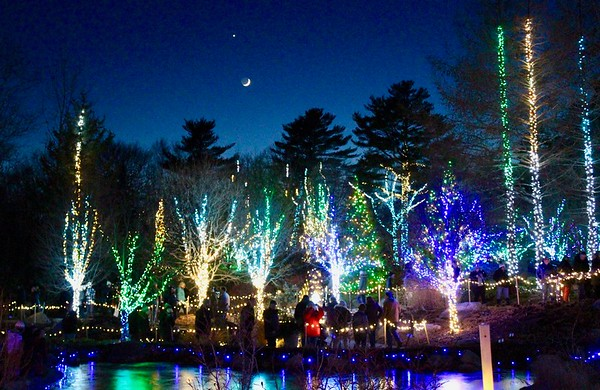 19.12.28 Mark, Jimmie and Vickie at Gardens Aglow at CMBG in Boothbay Harbor