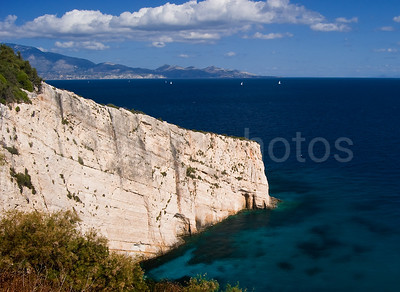 White cliff, blue sea