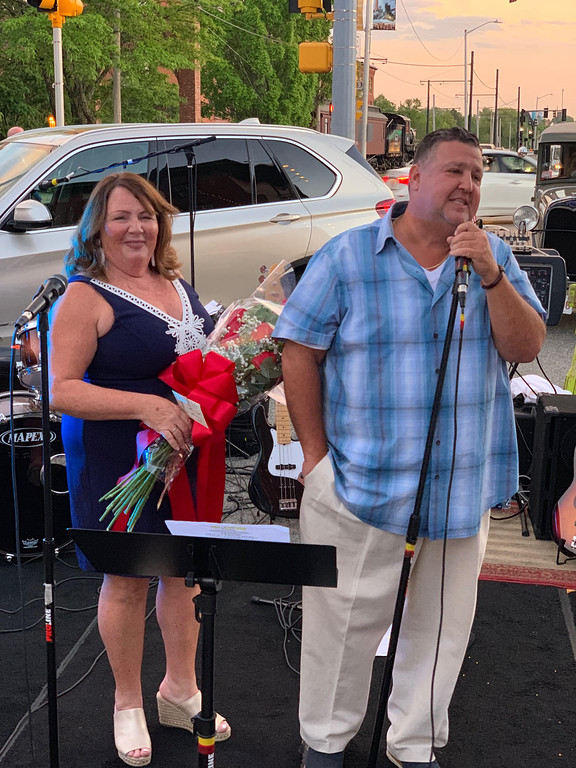 . Kathy and Scott Plath of Lowell, owners of Cobblestones and Moonstones, address the crowd that came out for the restaurant�s 25th anniversary bash.