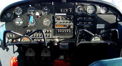 HB-OYI - P28A - 2003