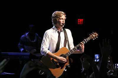 Cody Simpson - Welcome To Paradise Tour