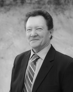Coldwell Banker - B&W - 2D0A0500