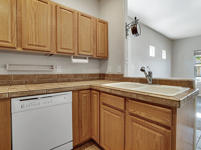 716 Willow Creek Rd - MLS -16