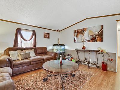 2805 N Niagara Cir-MLS-09