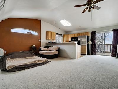 594 33 1-2 Rd Interior - PRINT - 21