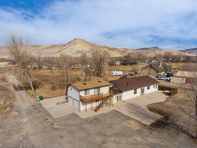 594 33 1-2 Rd Updated Exterior - PRINT - 09