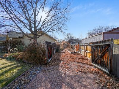 3735 Applewood St - MLS - 26
