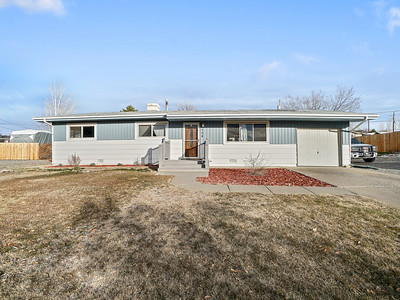 704 Ivy Place - MLS - 3