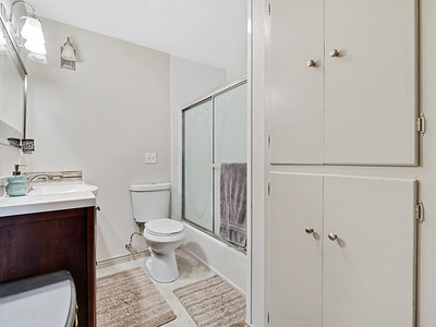 704 Ivy Place - MLS - 22