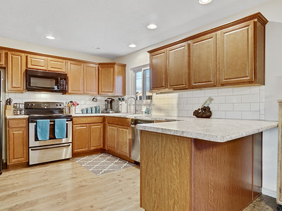 704 Ivy Place - MLS - 11