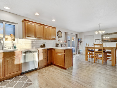 704 Ivy Place - MLS - 14
