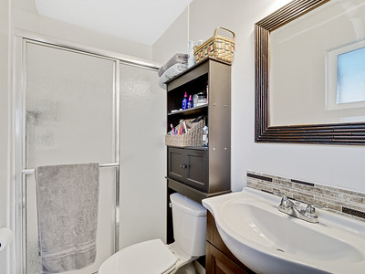 704 Ivy Place - MLS - 19