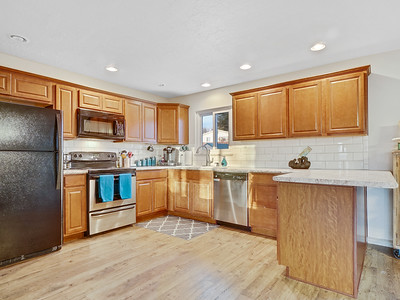 704 Ivy Place - MLS - 12