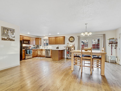 704 Ivy Place - MLS - 9