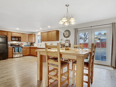 704 Ivy Place - MLS - 16