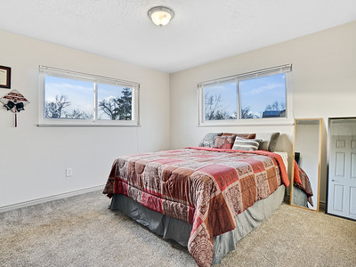 704 Ivy Place - MLS - 20