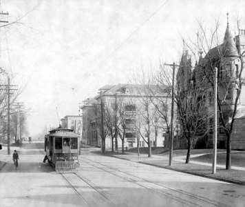 21  Colfax and Marion looking East 1906