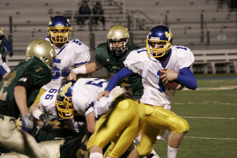 08 11 21_Colfax Football vs DeSalles_2009