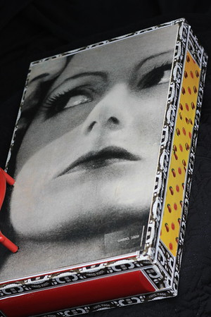 Great Garbo Box from old magazines  I vant to be alone -PRIVATE COLLECTION-