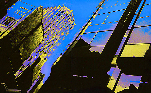 08 'A glittering city', 1994, hand colored silver gelatin print, 25x17cm