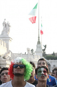 Rome, Italy 24th June 2014 Piazza Venezia Square, Italian supporters watch the World Cup football match on a big screen between Italy and Uruguay resulting in the elimination of Italy from the tournament.  © Gari Wyn Williams/Alamy Live News