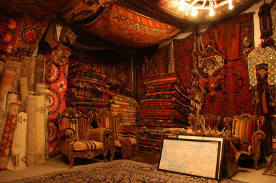 Interior of Galerie Ikman carpet gallery, Goreme, Cappadocia, Turkey.