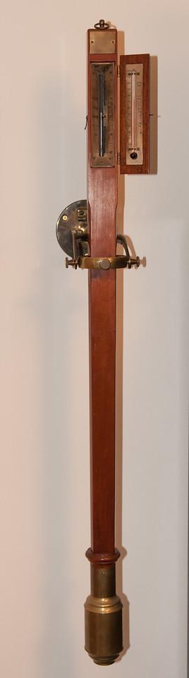 Gartner & Marney Gimbaled Barometer