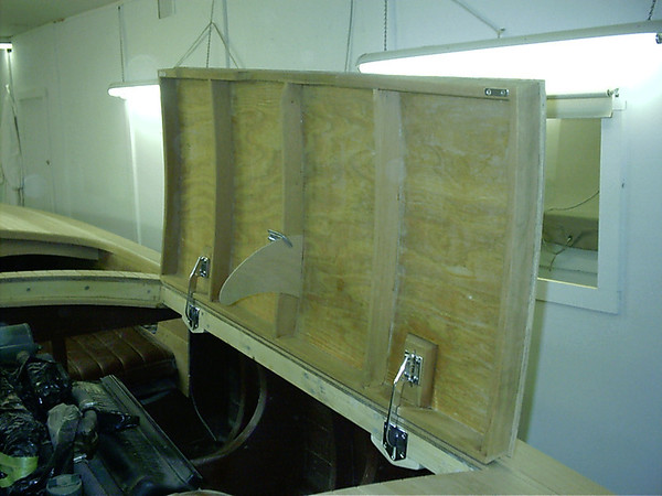 engine hatch hinges mounted under deck