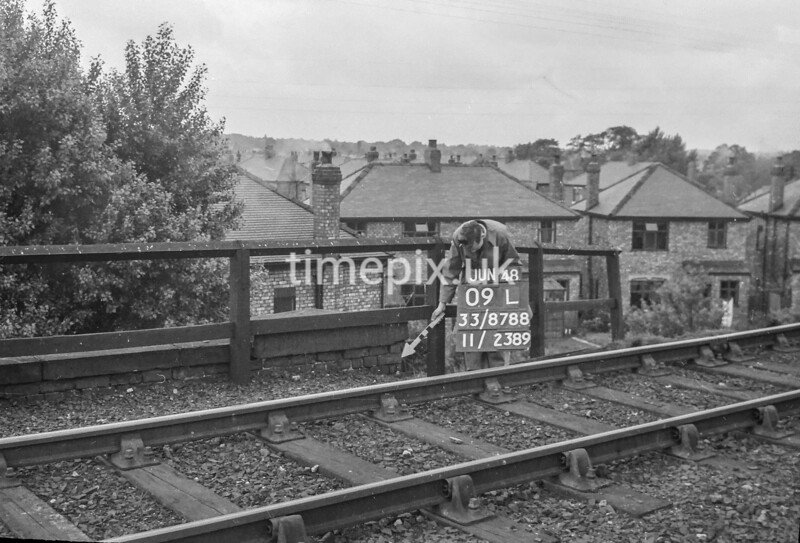 SJ878809L, Ordnance Survey Revision Point photograph of Greater Manchester