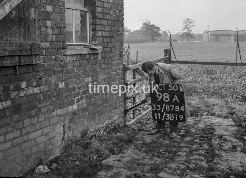 SJ878498A, Ordnance Survey Revision Point photograph of Greater Manchester
