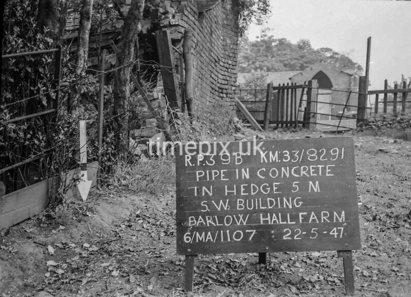 SJ829139B, Ordnance Survey Revision Point photograph in Greater Manchester