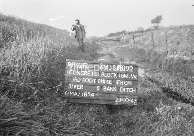 SJ819242B, Ordnance Survey Revision Point photograph in Greater Manchester