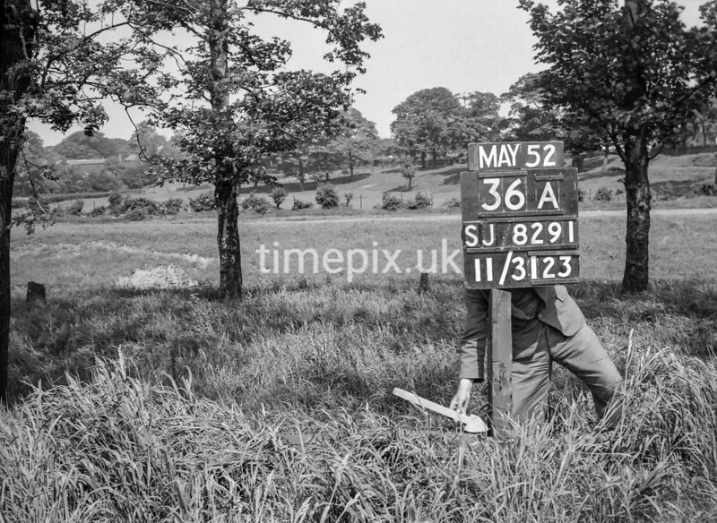 SJ829136A, Ordnance Survey Revision Point photograph in Greater Manchester