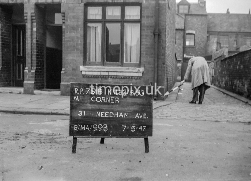 SJ819379B, Ordnance Survey Revision Point photograph in Greater Manchester