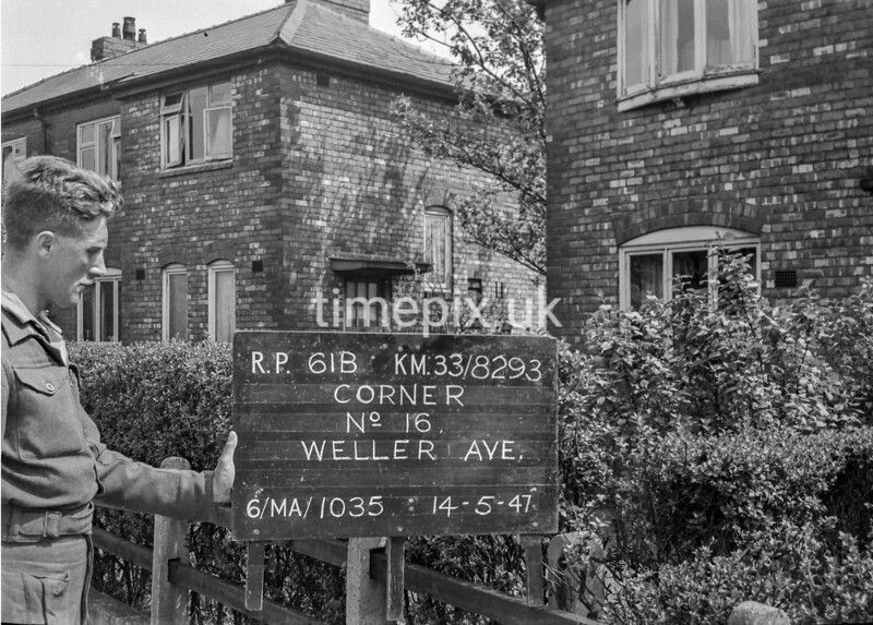 SJ829361B, Ordnance Survey Revision Point photograph in Greater Manchester