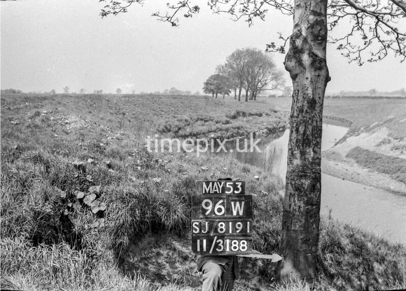 SJ819196W, Ordnance Survey Revision Point photograph in Greater Manchester
