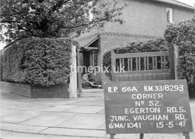 SJ829366A, Ordnance Survey Revision Point photograph in Greater Manchester