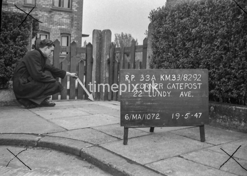 SJ829233A2, Ordnance Survey Revision Point photograph in Greater Manchester