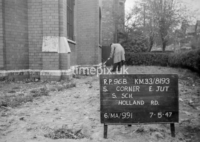 SJ819396B, Ordnance Survey Revision Point photograph in Greater Manchester