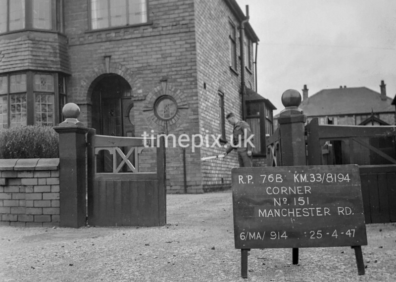 SJ819476B, Ordnance Survey Revision Point photograph in Greater Manchester