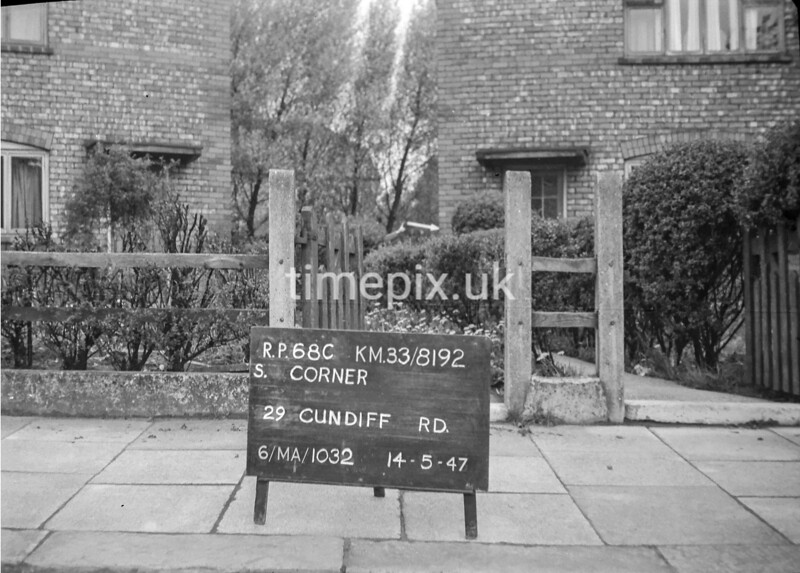 SJ819268C, Ordnance Survey Revision Point photograph in Greater Manchester