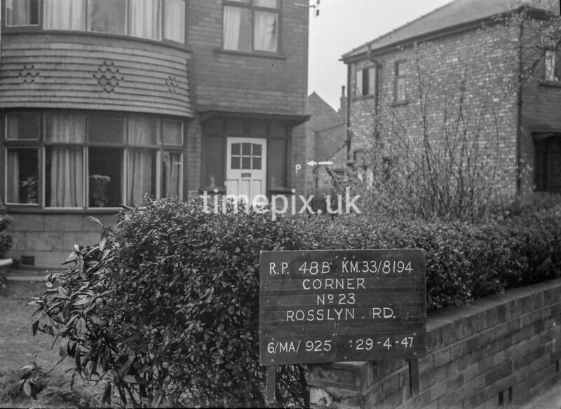 SJ819448B, Ordnance Survey Revision Point photograph in Greater Manchester