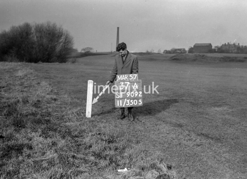 SJ909237A, Ordnance Survey Revision Point photograph in Greater Manchester
