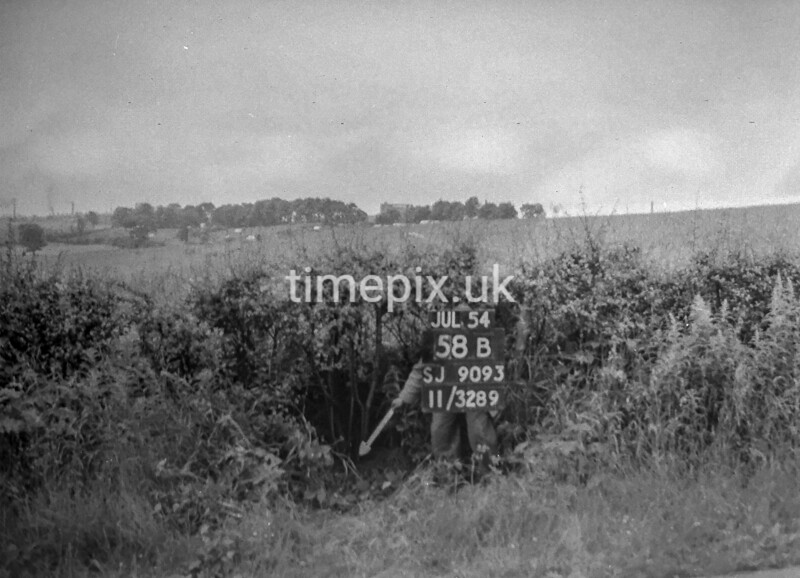 SJ909358B, Ordnance Survey Revision Point photograph in Greater Manchester