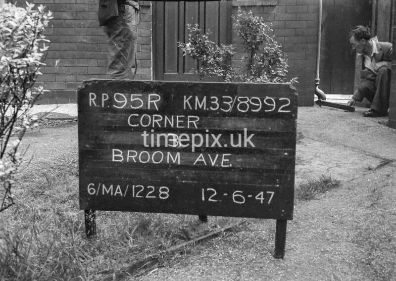 SJ899295R, Ordnance Survey Revision Point photograph in Greater Manchester