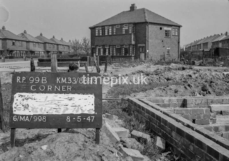 SJ889399B, Ordnance Survey Revision Point photograph in Greater Manchester